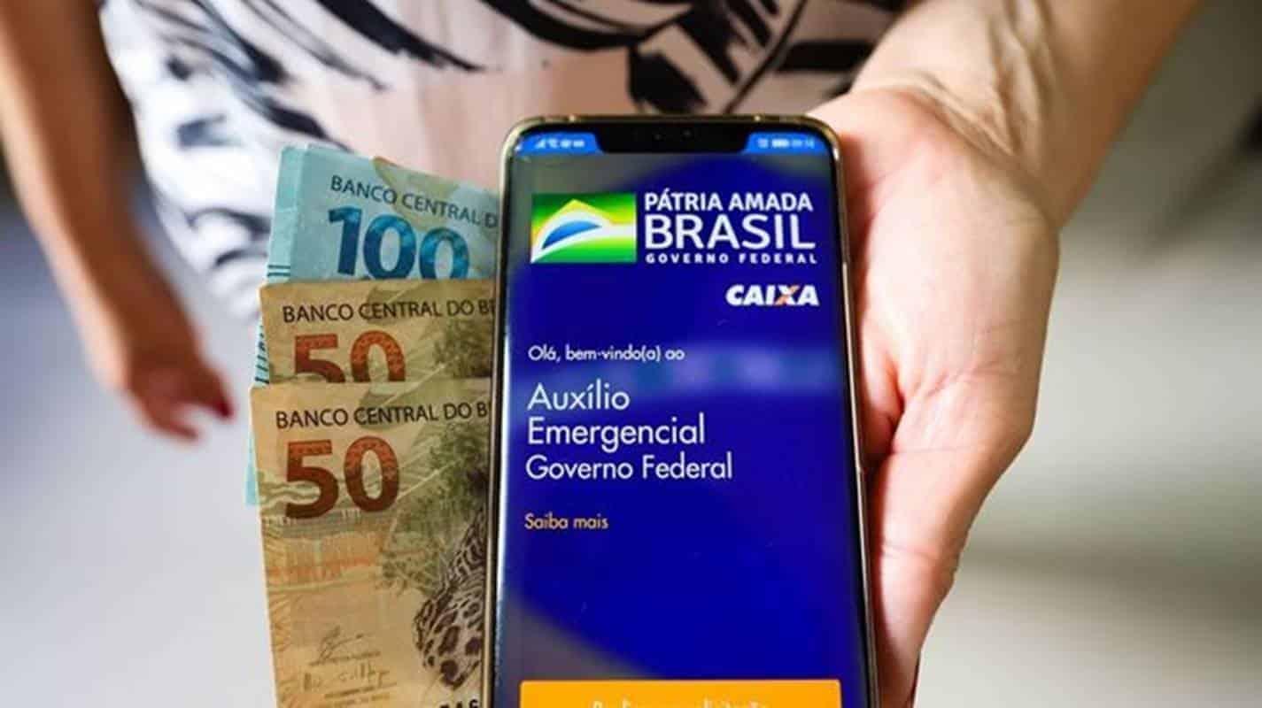 Auxílio emergencial: Caixa libera pagamento para nascidos em maio