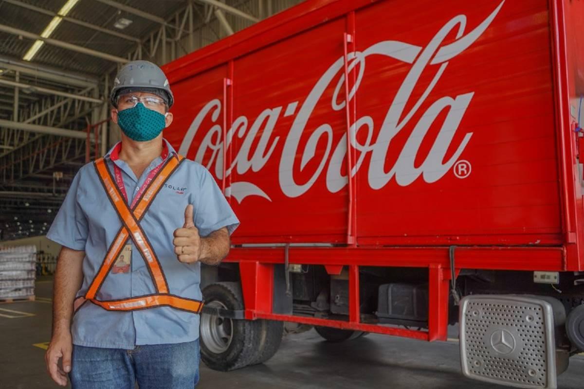 Funcionário da Coca Cola